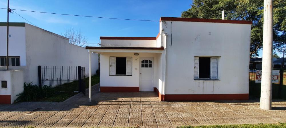 VENDO Casa J. C. Patricia y Bv. Entre Ríos